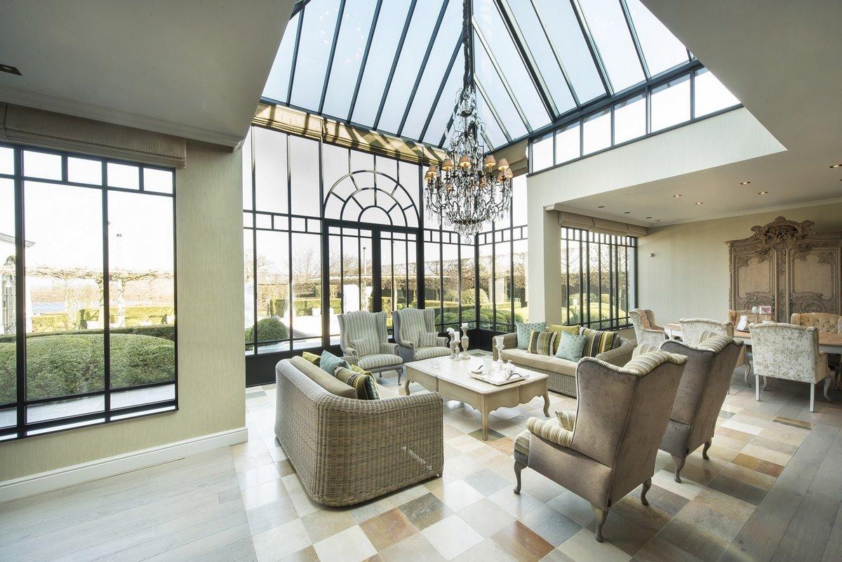 veranda met poolhouse corswarem group tongeren. Black Bedroom Furniture Sets. Home Design Ideas